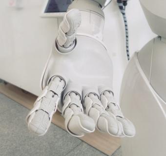 Hello… Robo! Vânzările de roboți în creștere spectaculoasă